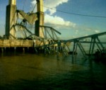 Jembatan Mahakam TENGGARONG-SAMARINDA runtuh (9)